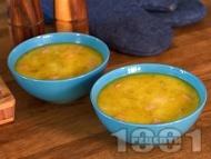 Картофена супа (чорба) със сьомга, течна сметана и пресен лук